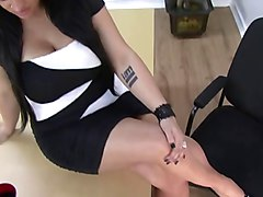 lady sonia foot worship