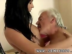 bisexual threesome 2 guy girl