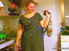 housewife swallow two loads