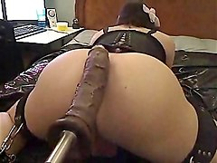 big dildo fuck machine