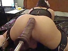 squirting with fucking machine